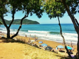 Baratti Beach in Tuscany: Sun, surf and much more!
