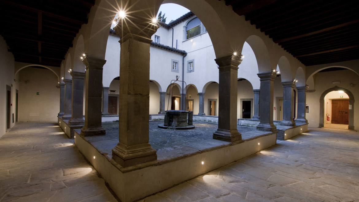 The courtyard of the convent that houses the Casa Chianti Classico