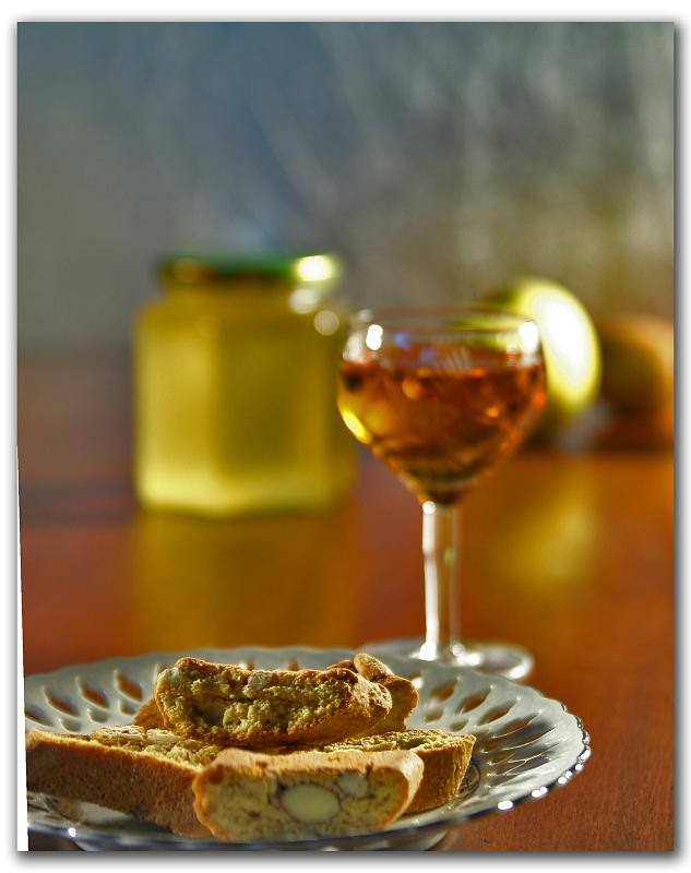 Cantucci with Vin Santo | Photo Flickr user Paolo Piscolla