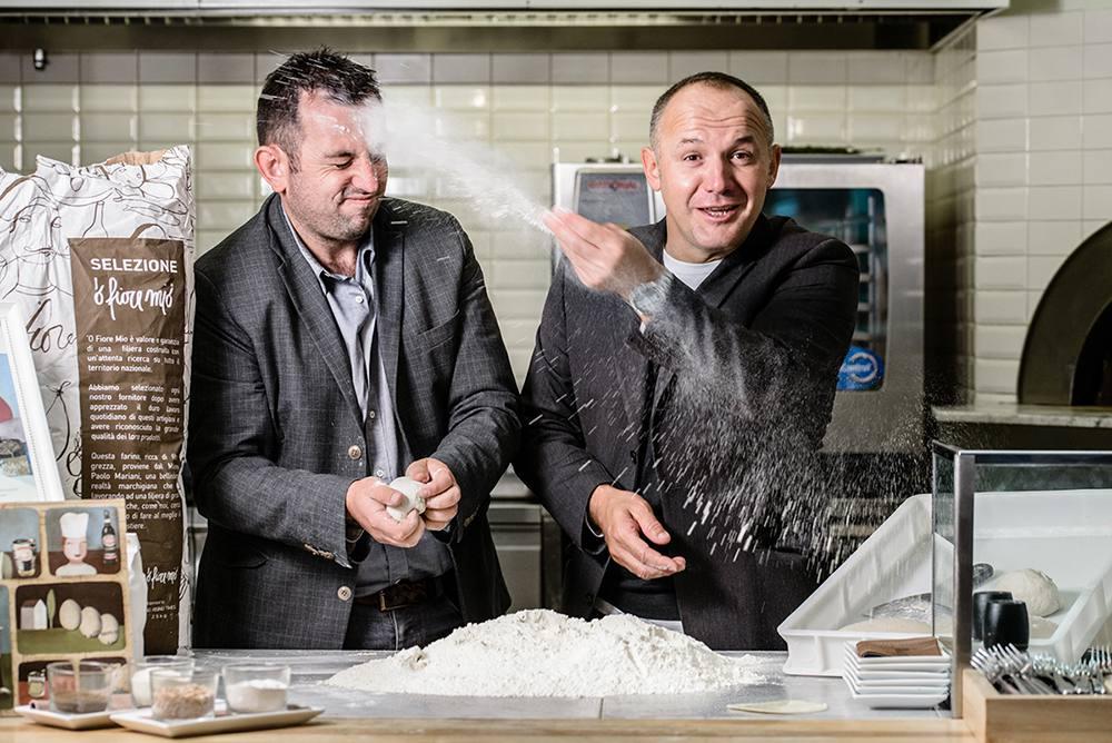 Matteo Tambini e Davide Fiorentini della pizzeria 'O Fiore Mio a Faenza. Ph Alessandra Farinelli