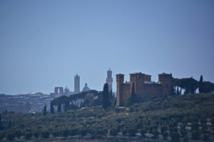 Castles in Tuscany, an itinerary