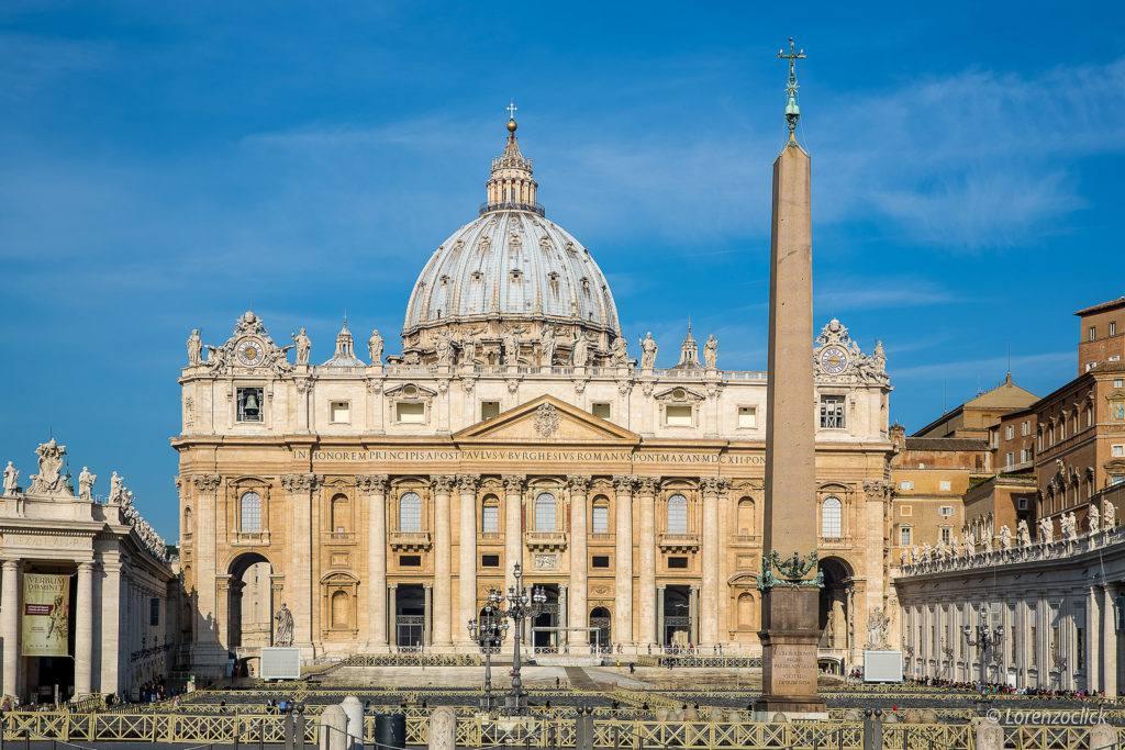St. Peter's Basilica   Photo Lorenzoclick on Flickr