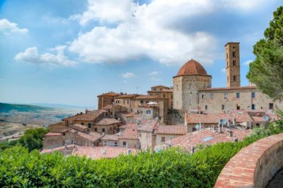 5 charming villages to celebrate Mother's Day in Tuscany