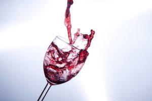Appunti di enologia: la vinificazione in rosso e le sue fasi