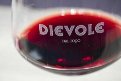 Il Profumo del Vino: quali sono i sentori del vino Toscano e come riconoscerli