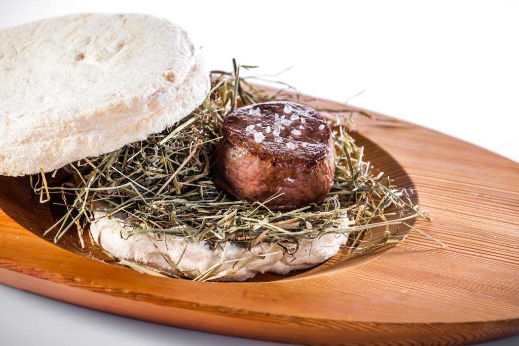Malga steak on hay - Wine Tourism in Alto Adige