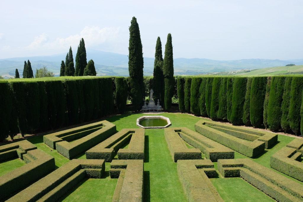 La Foce - Tuscany and books