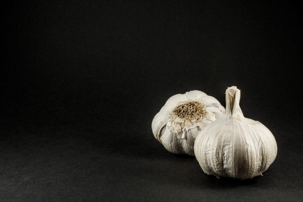 Garlic - Garlic bread is a misconception about italian food