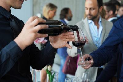 Milano e vino: binomio vincente per la capitale del design e della moda
